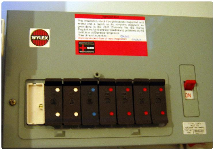 Wylex Fuse Box Rcd - Wiring Diagram Direct attract-produce -  attract-produce.siciliabeb.it | Wylex Fuse Box Rcd |  | attract-produce.siciliabeb.it